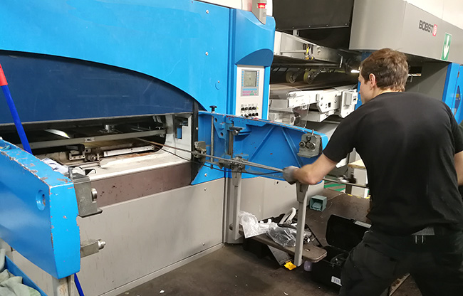 PLATEN CLEANING